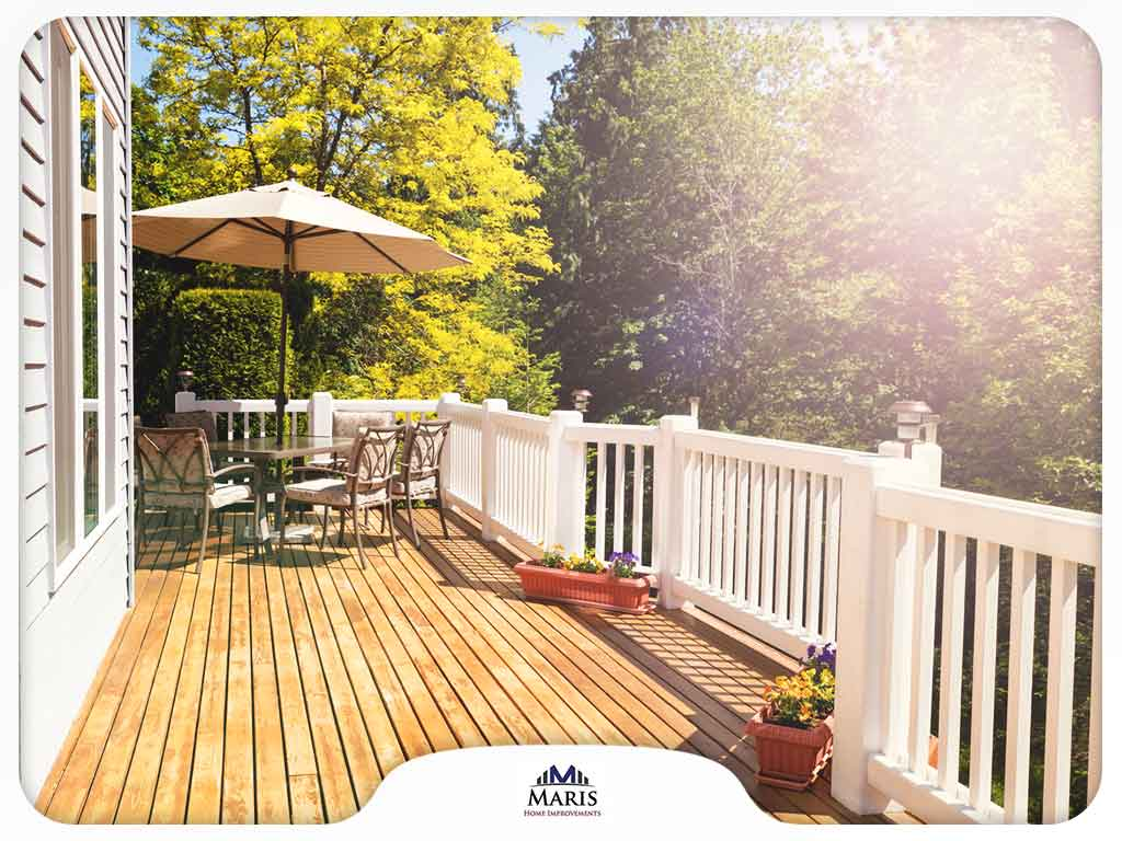 Your Outdoor Deck: Should You Repair or Replace?