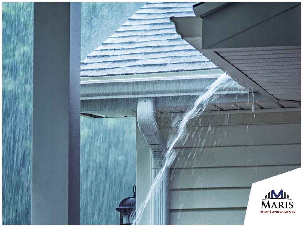 What Do Contractors Do When It Rains During a Siding Job?